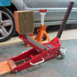 Should You Repair Or Replace Your Floor Jack